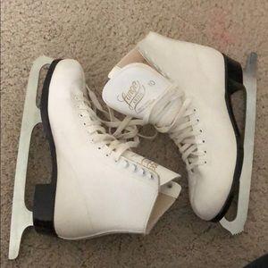 Ice skates size 10